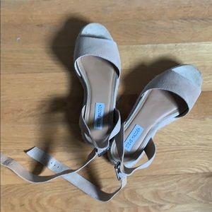 Steve Madden platform suede can shoes